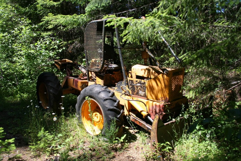 A closer view of the small loader
