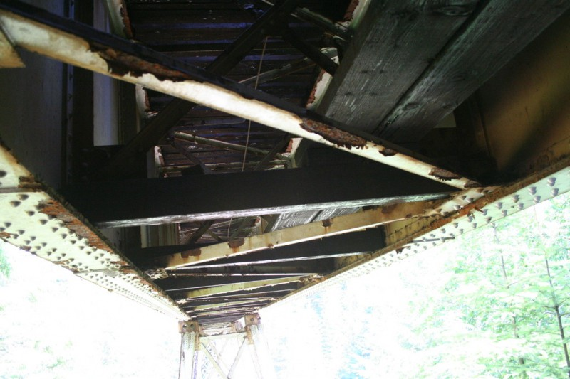 View of the bottom and inside of the trestle