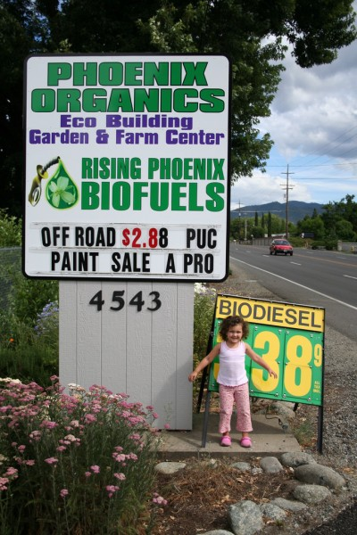 Phoenix Organics Sign on the Road
