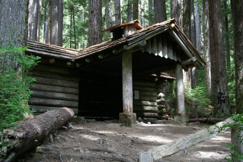 a log cabin shelter