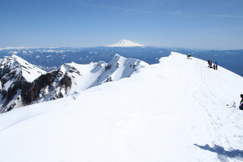the snowy rim of mt st helens looking sort of east along the rim